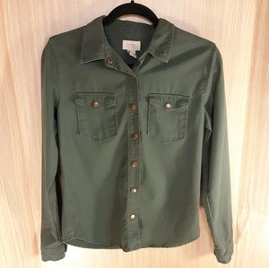 Forever 21 army green snap up shirt.  Small